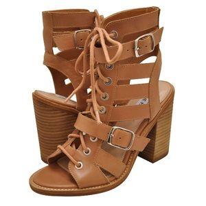 STEVE MADDEN Cecilia Natural Leather Heel